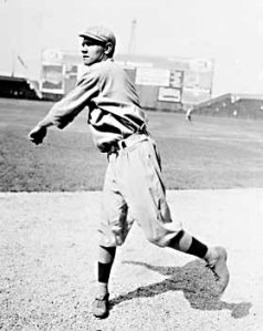 Babe_Ruth_pitching